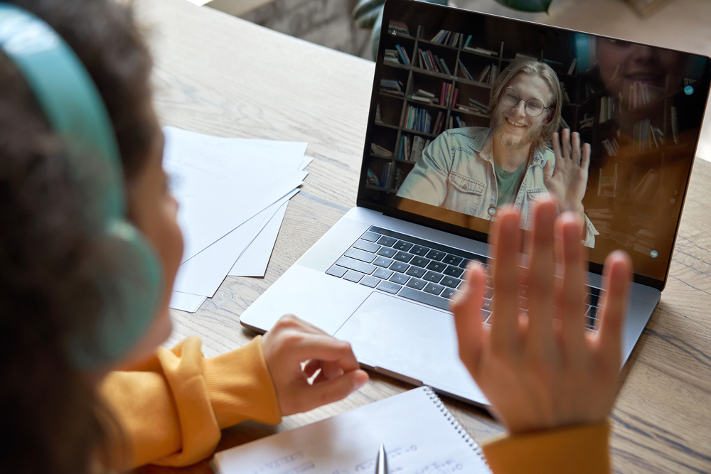 Tutor with student via teleconference The Main Line Tutor nationwide tutoring